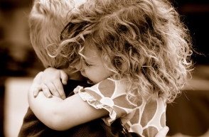 black-and-white-cute-hair-hug-love-favim-com-125933